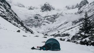 how to stay warm in a tent: winter wild camp