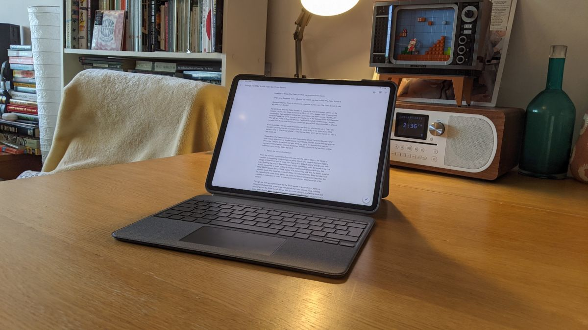 Logitech Combo Touch iPad keyboard case review