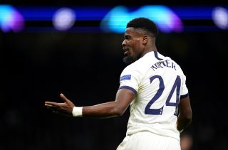 Tottenham's Serge Aurier flouts government advice to train with Moussa Sissoko