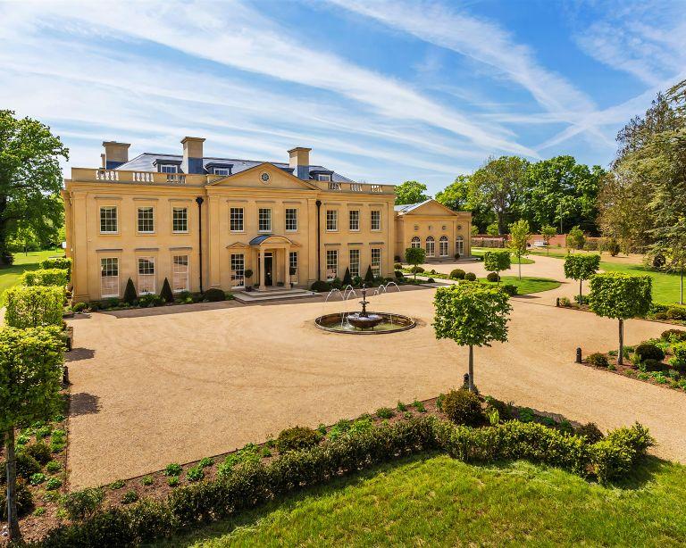 Amazing home in Surrey