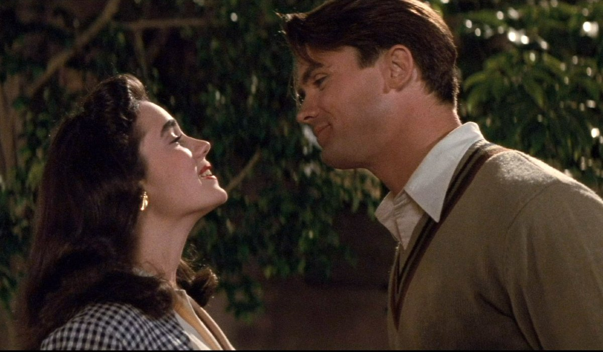 Cliff and Jenny on a date in The Rocketeer.