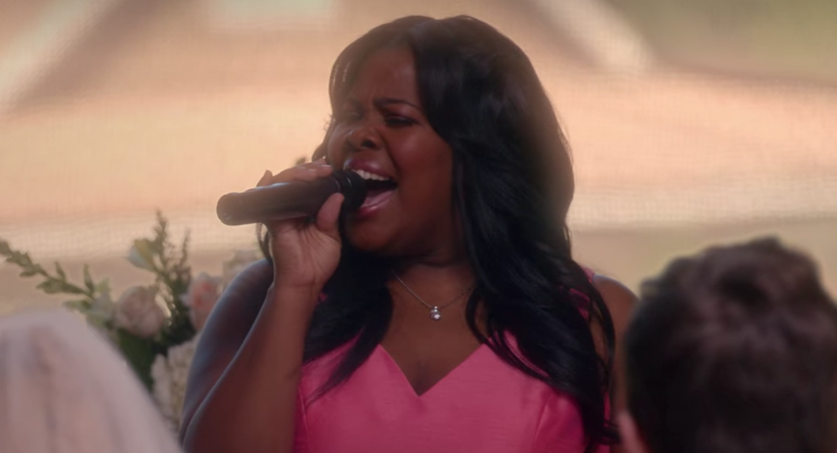 amber riley singing glee