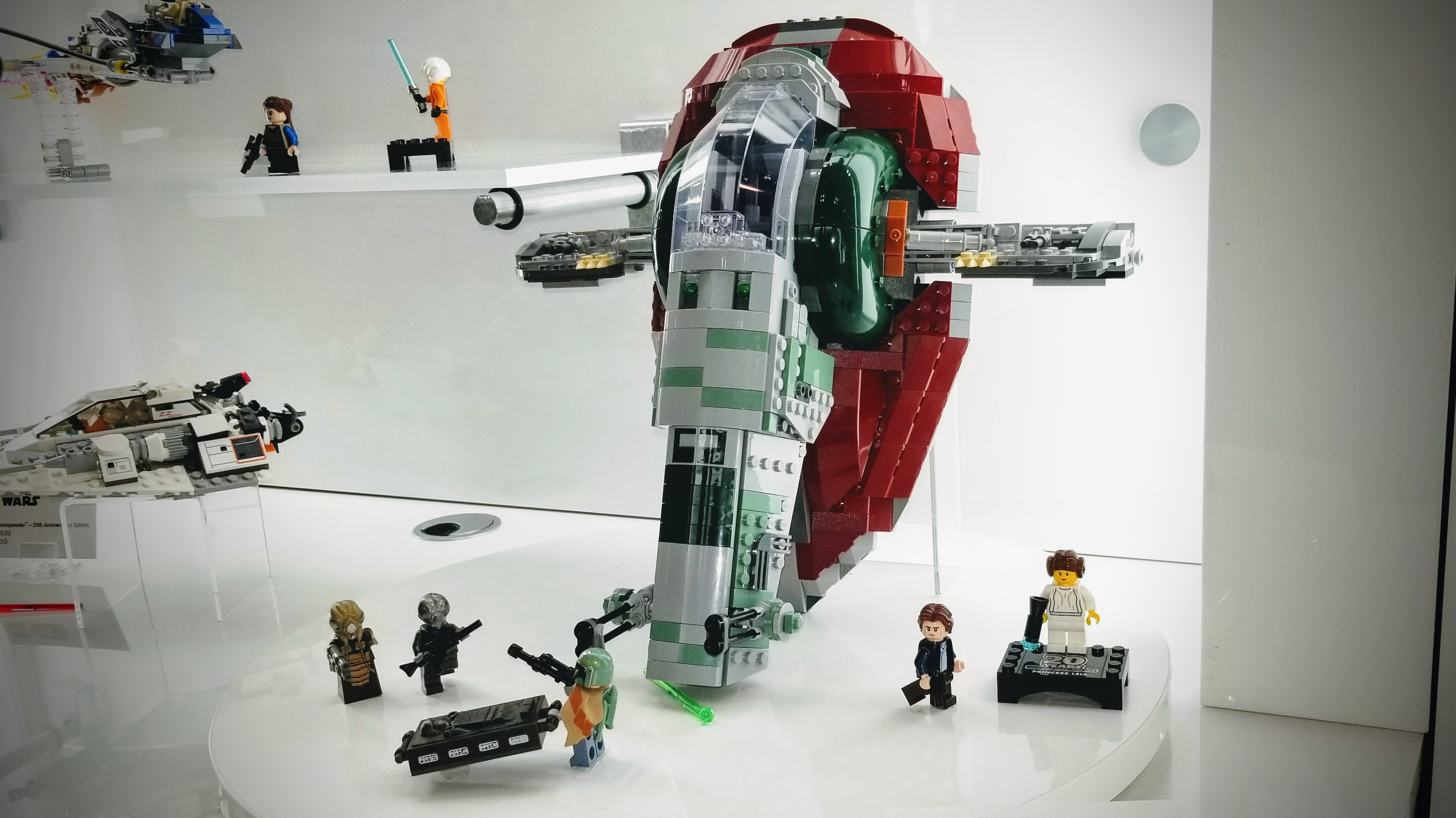Lego Celebrates 20 Years Of Star Wars Sets With Special