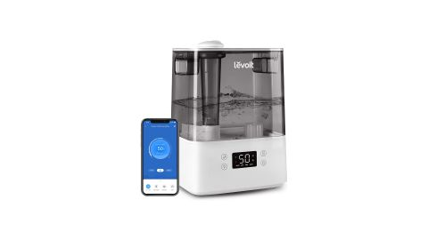 Image shows the Levoit Classic 300S humidifier and the mobile app against a white background.