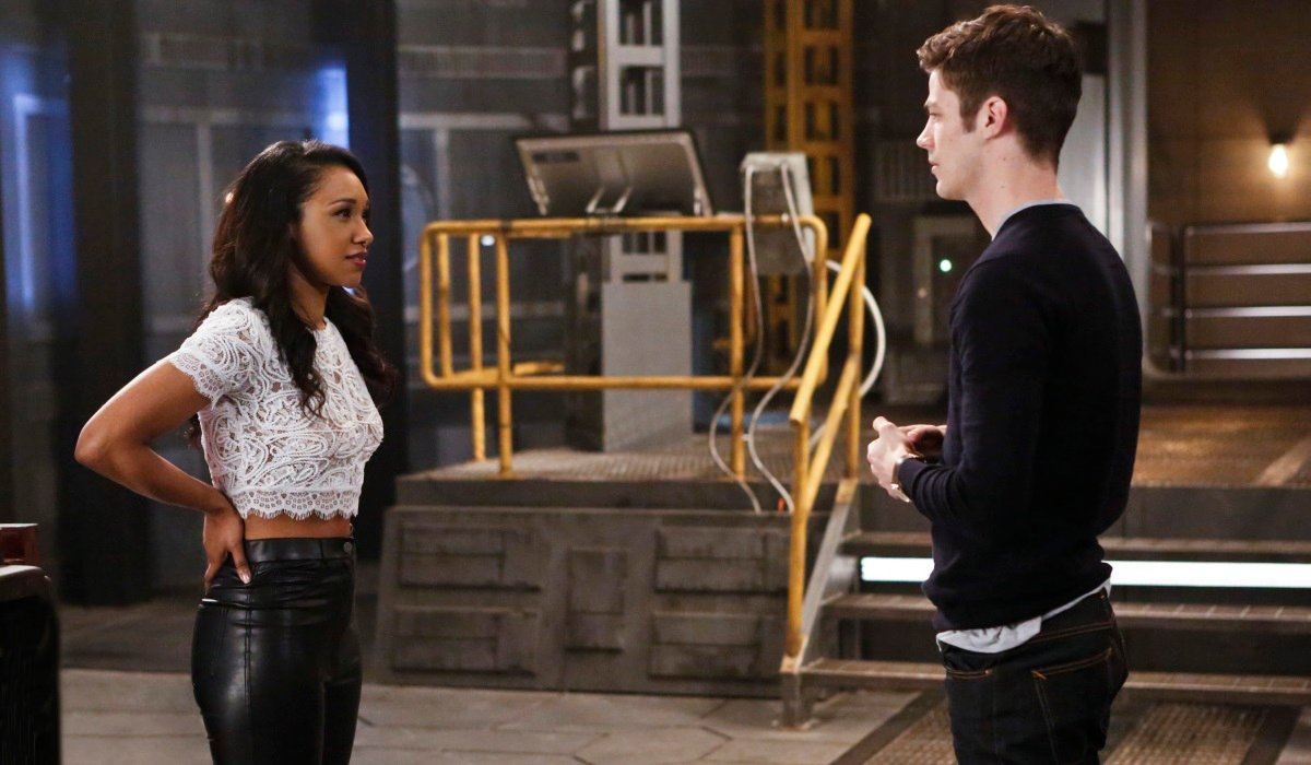 iris confesses her feelings to barry the flash