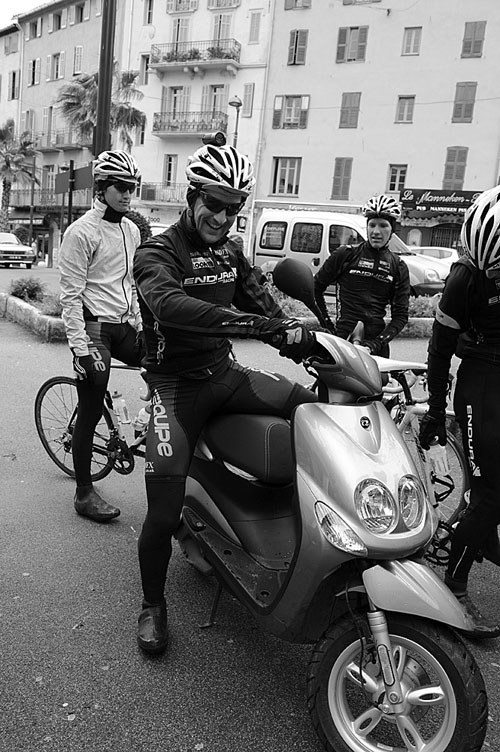 Endura Racing Team 2010, South of France cafe run