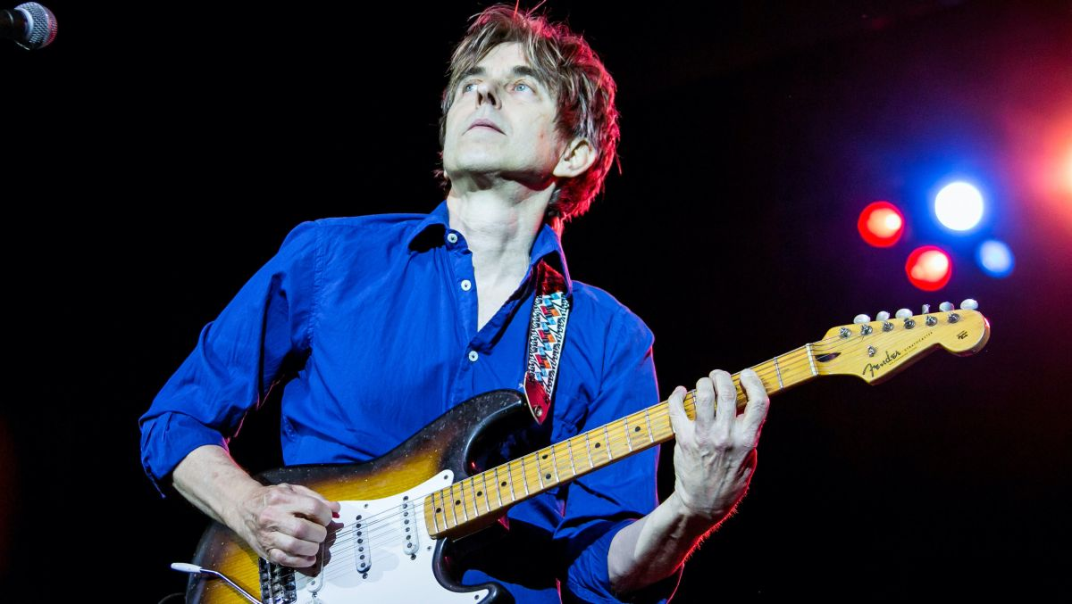 Eric Johnson teaches you Cliffs of Dover-style chord-based improv in his latest mini-lesson