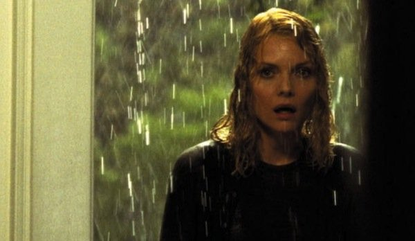 Michelle Pfeiffer what lies beneath