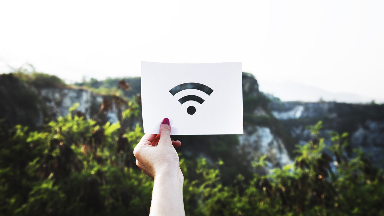 iot & broadband internet affects smart homeowners