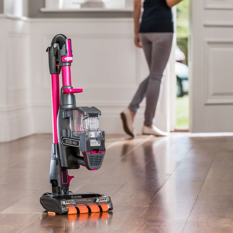 Attention! This Shark cordless vacuum has £155 off in the Amazon End of Summer Sale... | Real Homes