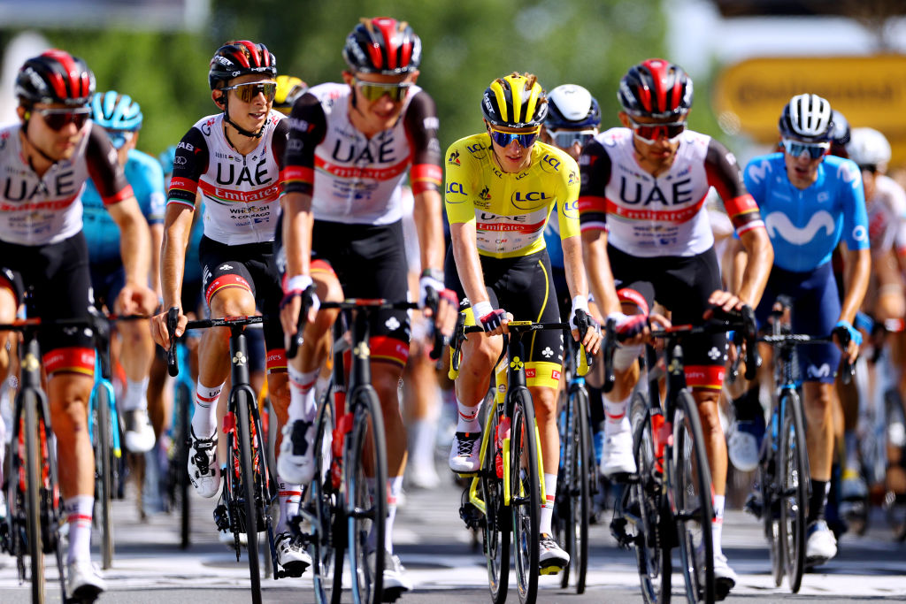 LIBOURNE FRANCE JULY 16 Davide Formolo of Italy and UAETeam Emirates Tadej Pogaar of Slovenia and UAETeam Emirates yellow leader jersey The peloton at arrival during the 108th Tour de France 2021 Stage 19 a 207km stage from Mourenx to Libourne LeTour TDF2021 on July 16 2021 in Libourne France Photo by Tim de WaeleGetty Images