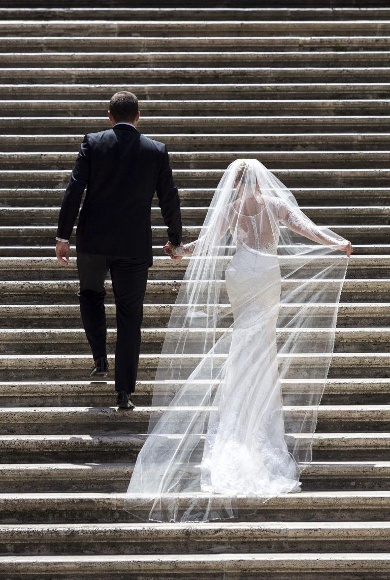 wedding etiquette featured image