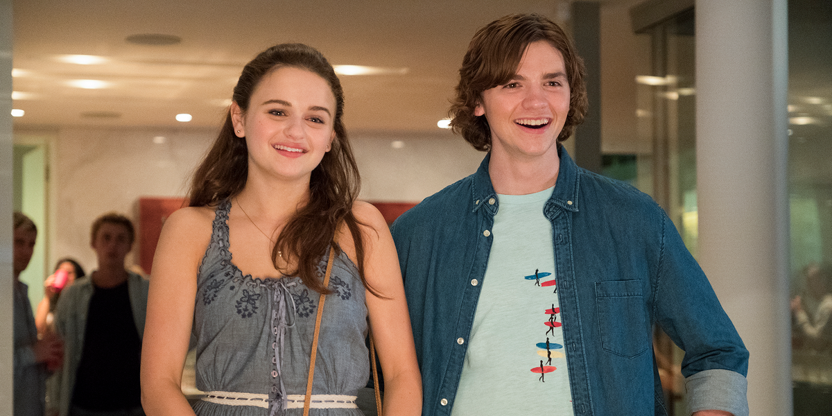A still from The Kissing Booth 2