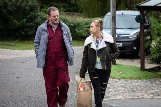 Amy advises Dan against going after Kerry in Emmerdale