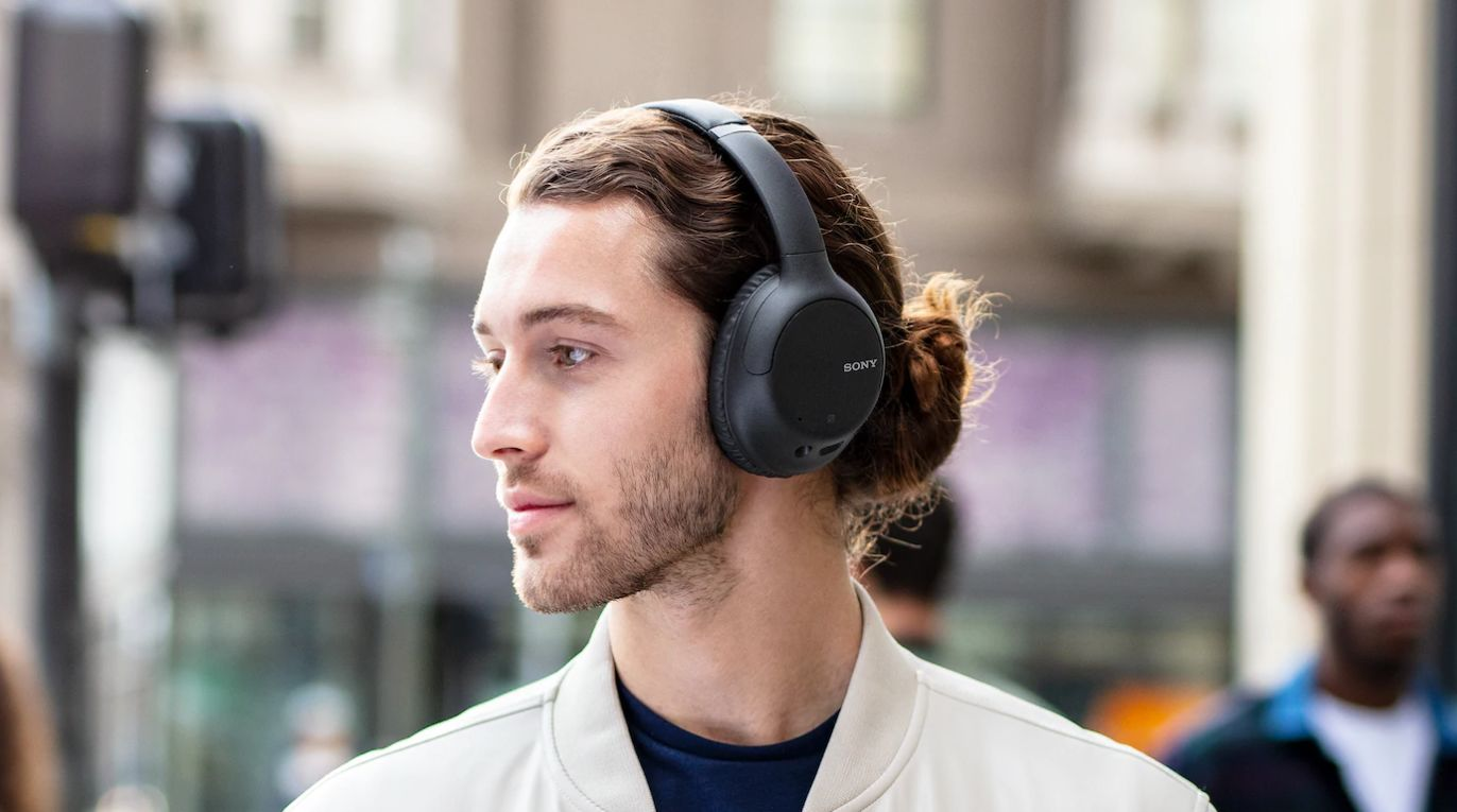 Best Cheap Noise Cancelling Headphones In 2020 Tom S Guide