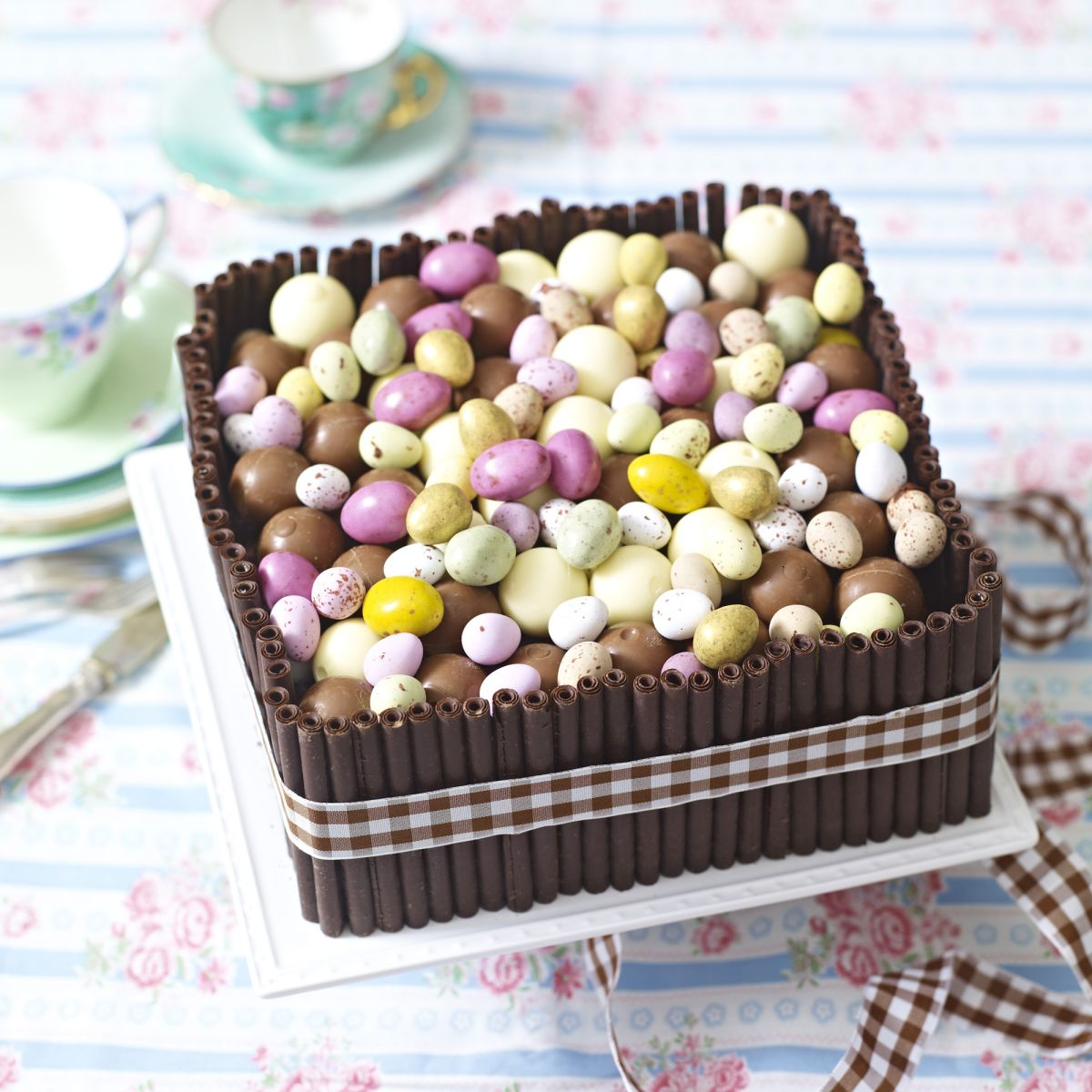 Chocolate fans will love this Easter sweet cake
