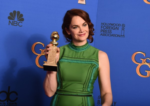 Ruth Wilson with her Golden Globe (Jordan Strauss/Invision/AP)
