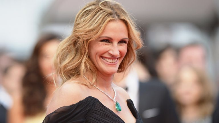 """Actress Julia Roberts attends the """"Money Monster"""" premiere during the 69th annual Cannes Film Festival at the Palais des Festivals on May 12, 2016 in Cannes"""