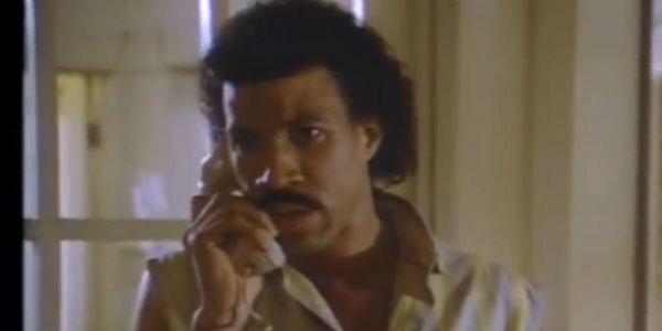 """Lionel Richie """"Hello"""" Music Video"""
