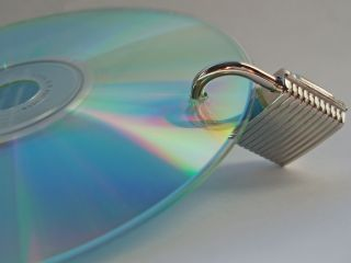 locked disc