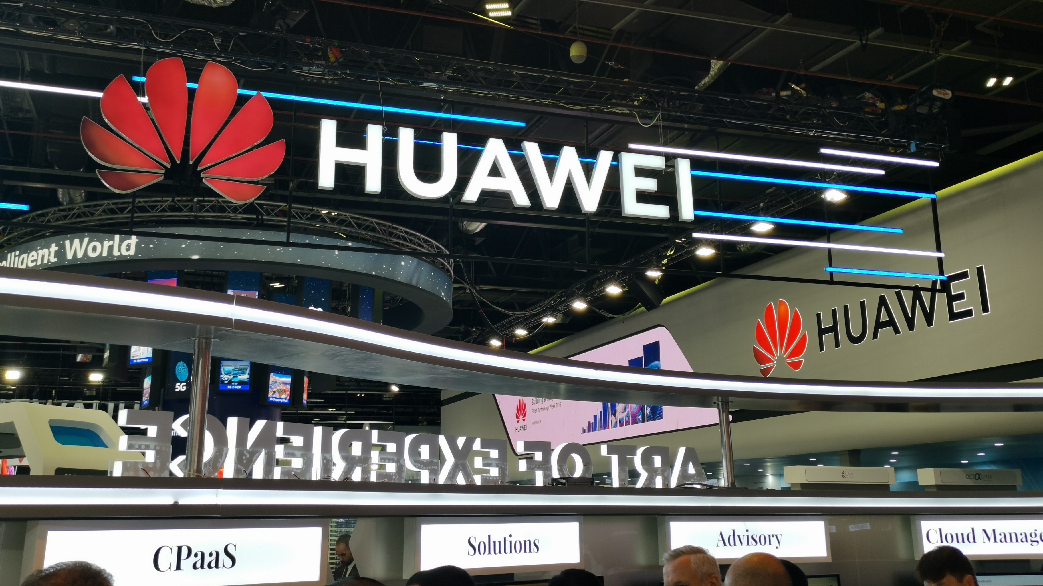 Huawei partners with TomTom for Google Maps alternative