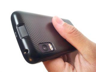 UK Motorola Atrix gets Android 2.3 update