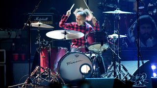 Foo Fighters with 11 year-old drummer, Nandi Bushell