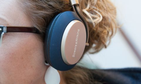 huge discount b245b 50dda Bowers & Wilkins PX Headphones Review: High Tech for a High Price ...
