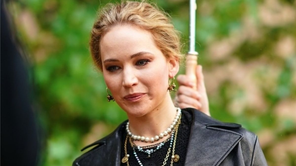 Jennifer Lawrence finally sets the record straight on her ...
