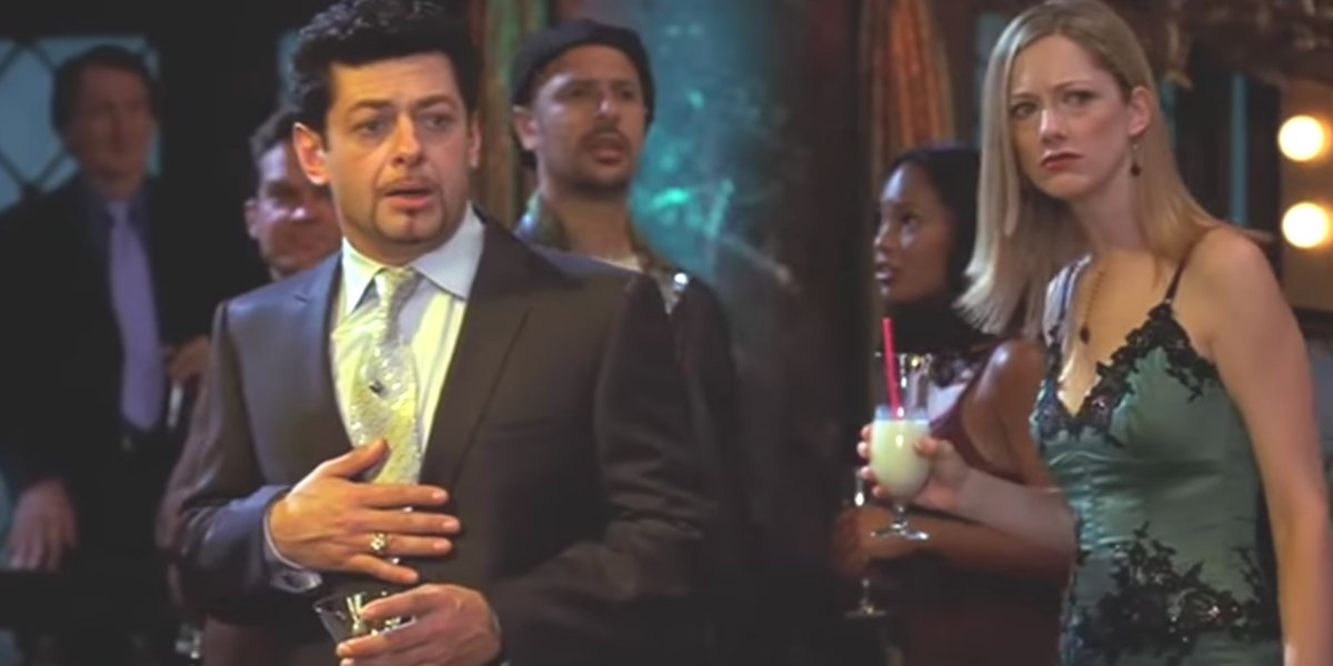 Andy Serkis about to do the Thriller