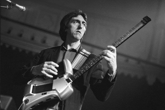 Allan Holdsworth's Four-Note-Per-String Scales