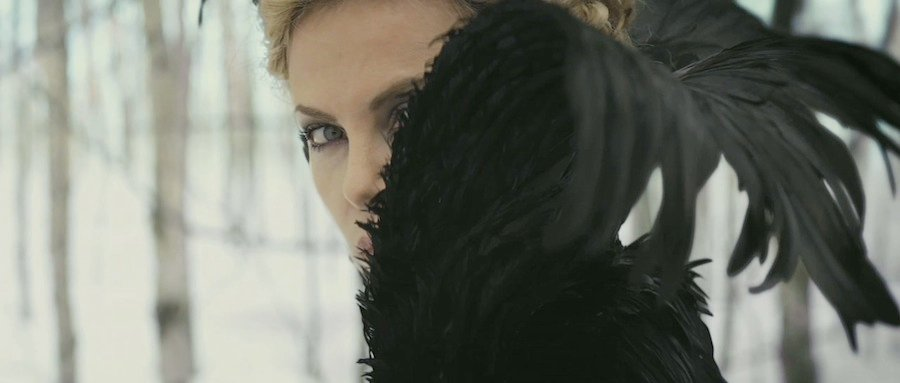 35 High-Res Screenshots From The Snow White And The Huntsman Trailer #5198
