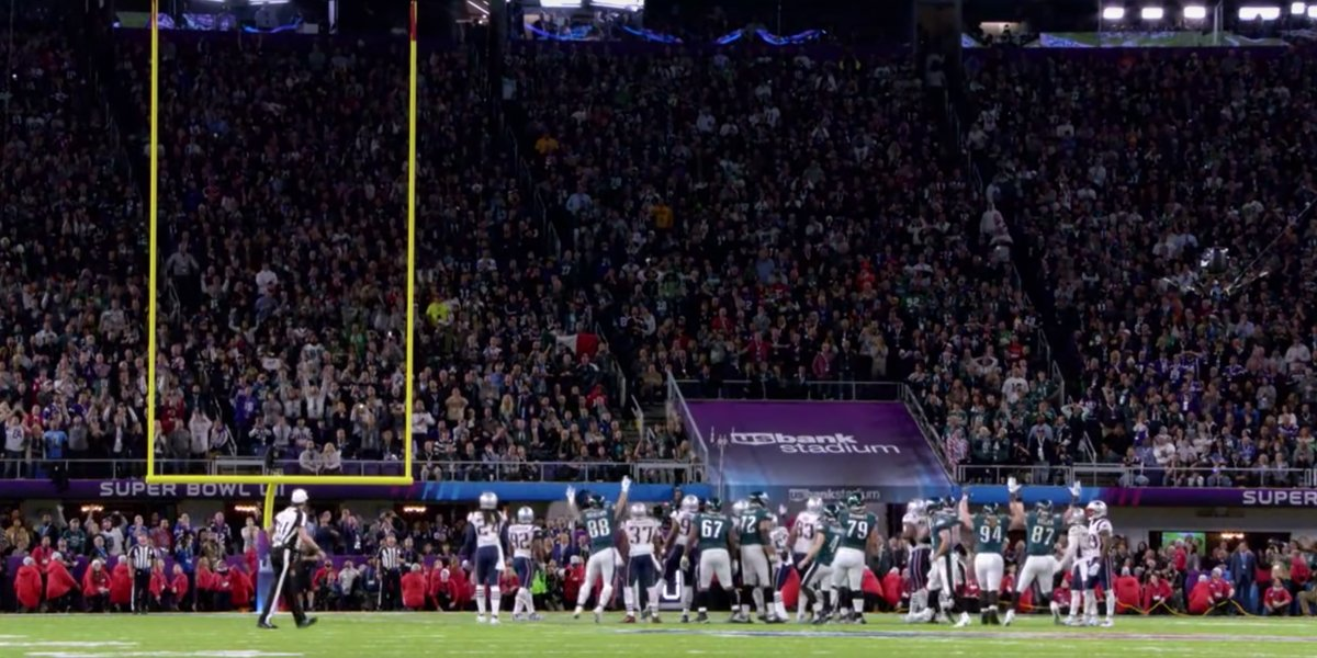The Philadelphia Eagles kick a field goal during Super Bowl 52