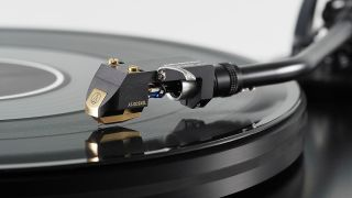 High End Munich: Audio-Technica AT-OC9X is an update to a classic cartridge