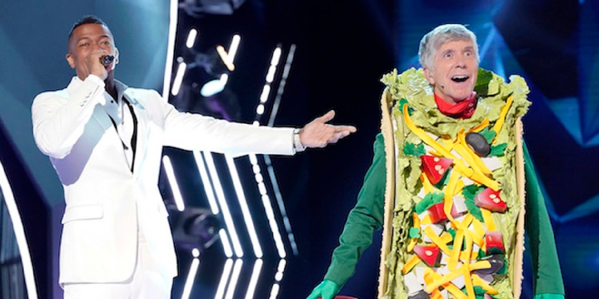 The Masked Singer Vet Tom Bergeron Gets A Little Filthy Talking Taco Costume With William Shatner