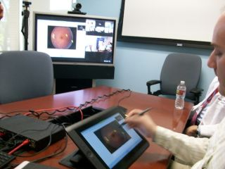 Boeckeler Demos Pointmaker Video Marker at Telehealth Sessions