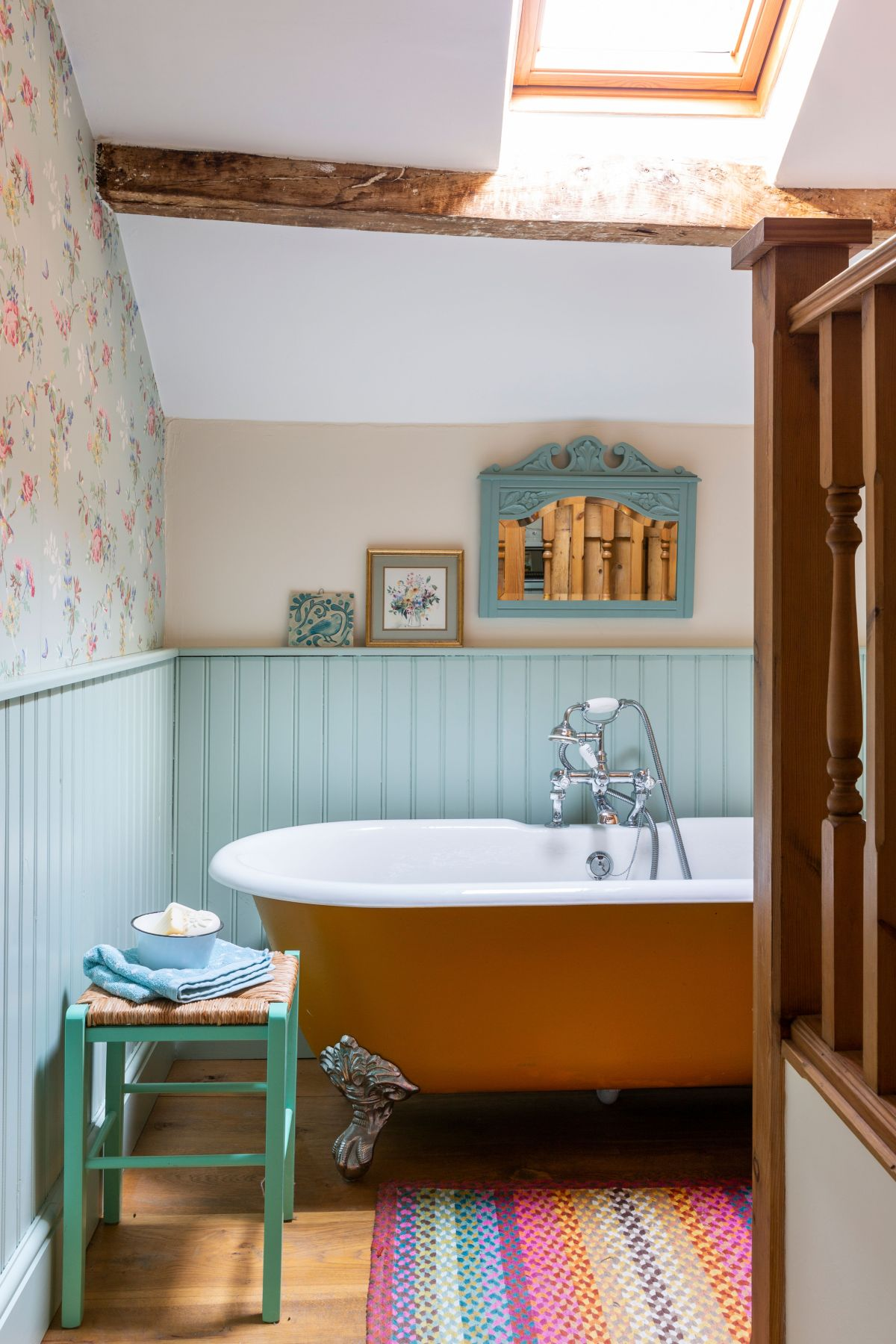 Bathroom Paint Ideas 19 Colour Schemes To Brighten Up Your Bathroom Space Real Homes,How To Organise Your Home Library