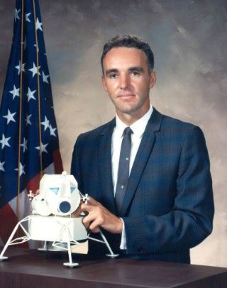 scientist-astronaut Duane E. Graveline