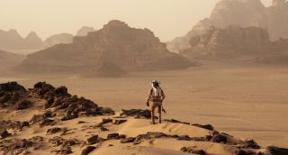 Matt Damon Stars in 'The Martian'