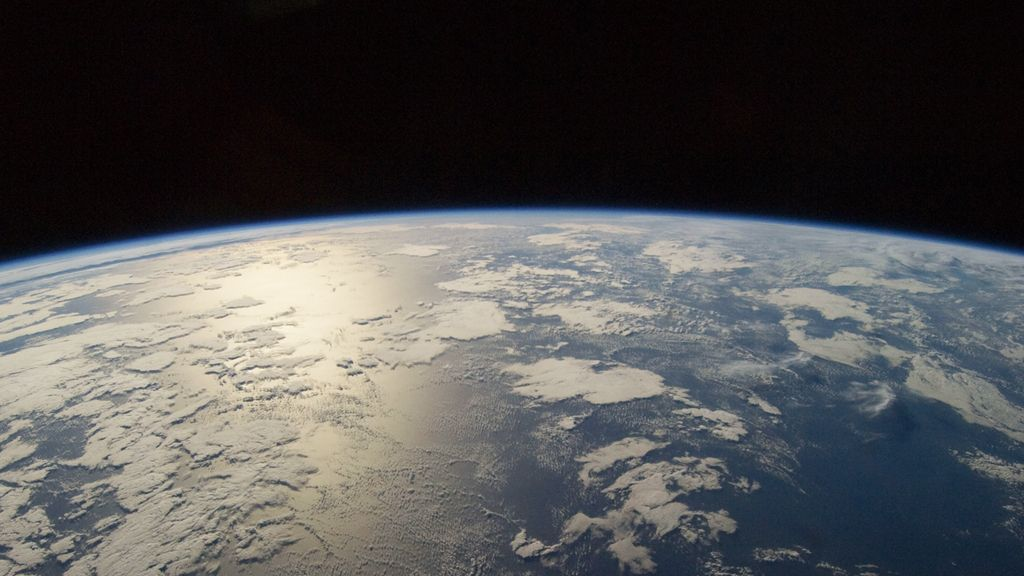 See Earth's Amazing Beauty from Space in This Time-Lapse Video by an Astronaut
