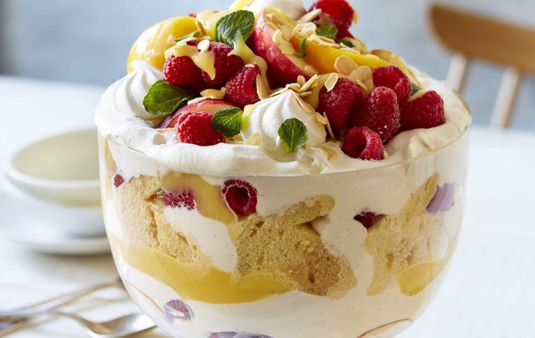 Lemon trifle