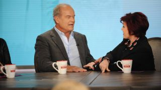 "Kelsey Grammer remembers Frasier when he appears on ""The Talk"" in 2018."