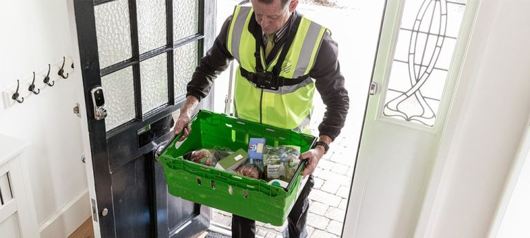 Yale smart locks: waitrose delivery man