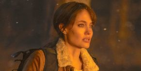 How Angelina Jolie's Directing Experience Helped Her On The Set Of Those Who Wish Me Dead
