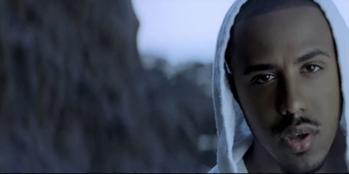 """Marques Houston in """"Sunset"""" music video"""