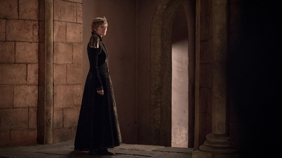 Who The Heck Is Jaime Smiling At In New Game Of Thrones Season 8 Image? #2476999