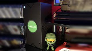 Xbox Series X original Xbox skin, photo by Reddit user marszciano