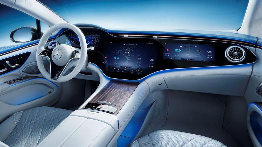 Đầu tiên nhìn vào bên trong Mercedes EQS với màn hình Hyperscreen khổng lồ