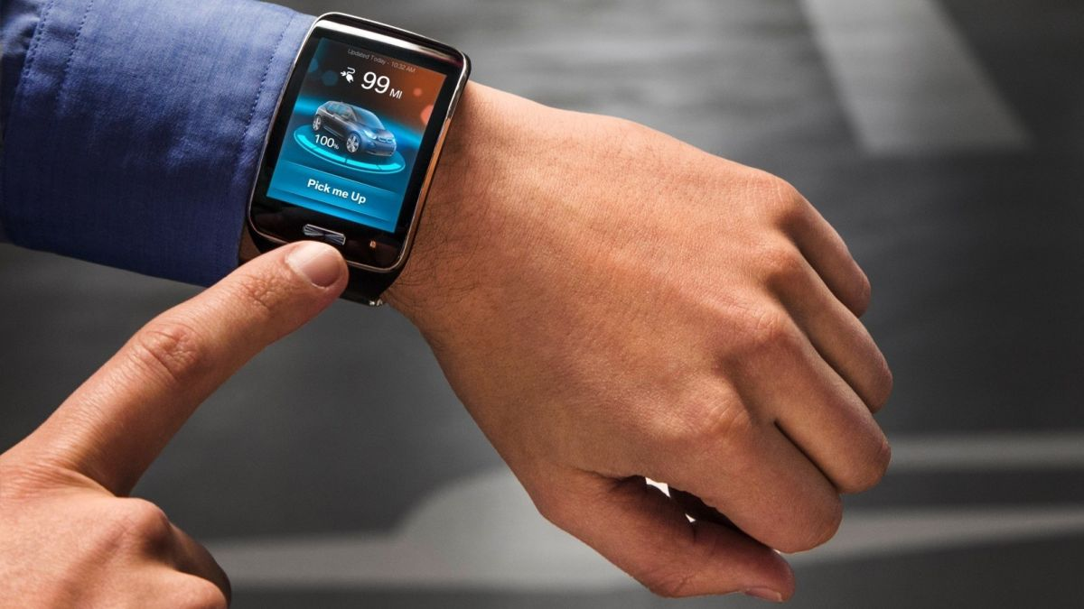 You'll be able to buy an official BMW smartwatch in 2019