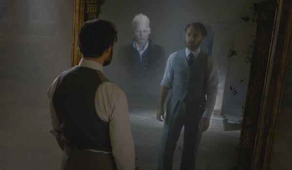 Dumbledore seeing Grindelwald in the Mirror of Erised